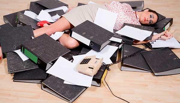 Каковы причины усталости на работе.
