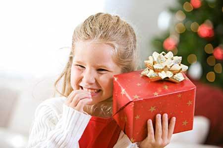 Выбираем подарок для трехлетней девочки.