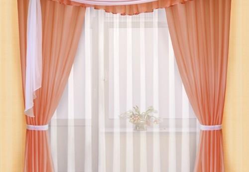 Готовые шторы для спальни.