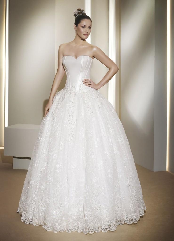 как-выбрать-свадебное-платье-739x1024