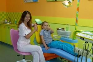Лечение кариеса молочных зубов.