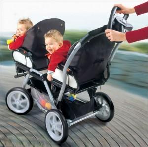 Какую коляску выбрать для своего новорожденного малыша?