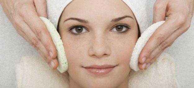 Косметическая чистка лица.