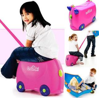 Детские чемоданы.