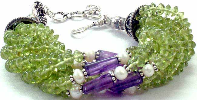 peridot_bracelet_with_amethyst_and_pearls_ld58