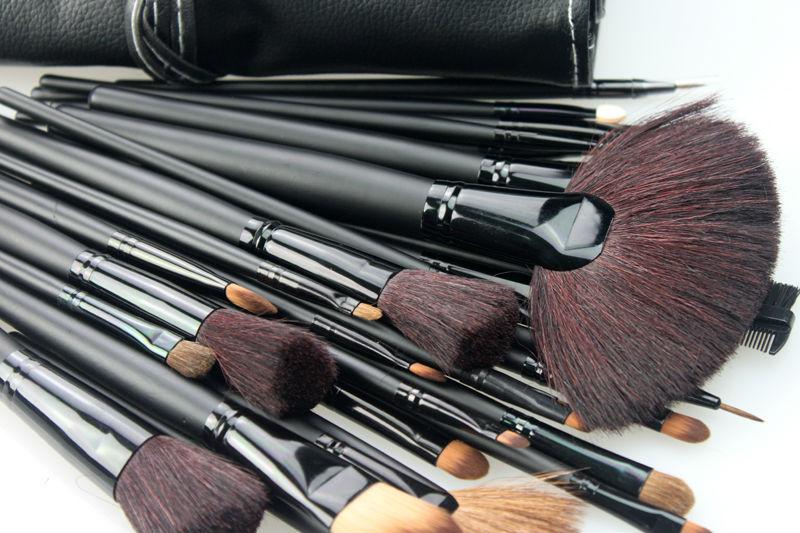 Профессиональные кисти для макияжа Kodi Professional
