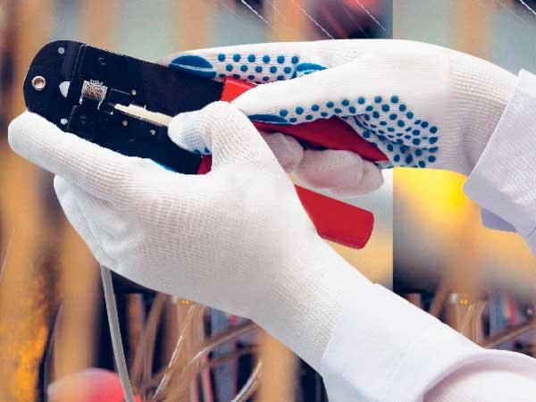 Правильно выбираем рабочие перчатки